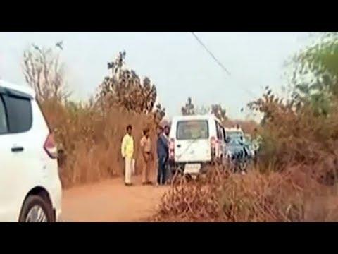 Video ठाणे: लुटेरे ने युवक को गोली मारी, लड़की के साथ बलात्कार कर हुआ फरार download in MP3, 3GP, MP4, WEBM, AVI, FLV January 2017