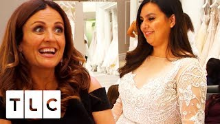 Massive Surprise From The Bride's Generous Friend! | Say Yes To The Dress US