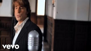 Music video by Jimmy Wayne performing Sara Smile. (C) 2009 The Valory Music Co., LLC