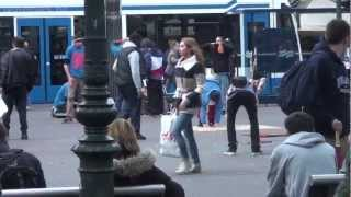 Hilarious Prank With iPhone 5: Super Glued to Ground in Amsterdam