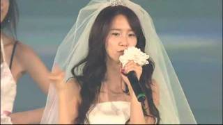 Video Yoona's Solo Act @ Into The New World ~ 1st Asian Tour Concert. MP3, 3GP, MP4, WEBM, AVI, FLV Agustus 2018