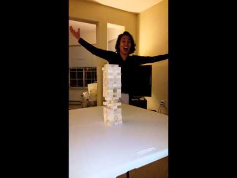 H περίφημη ninja κίνηση στο jenga (video)