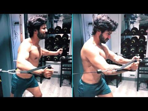 Varun Dhawan Puts Up New Workout Video For Kalank