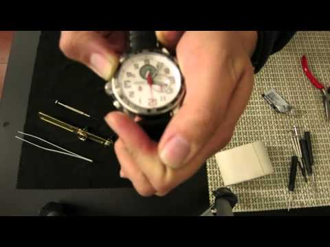 How to fix a Victorinox Swiss Army XLS Chrono with a stuck Second Hand & Change Battery