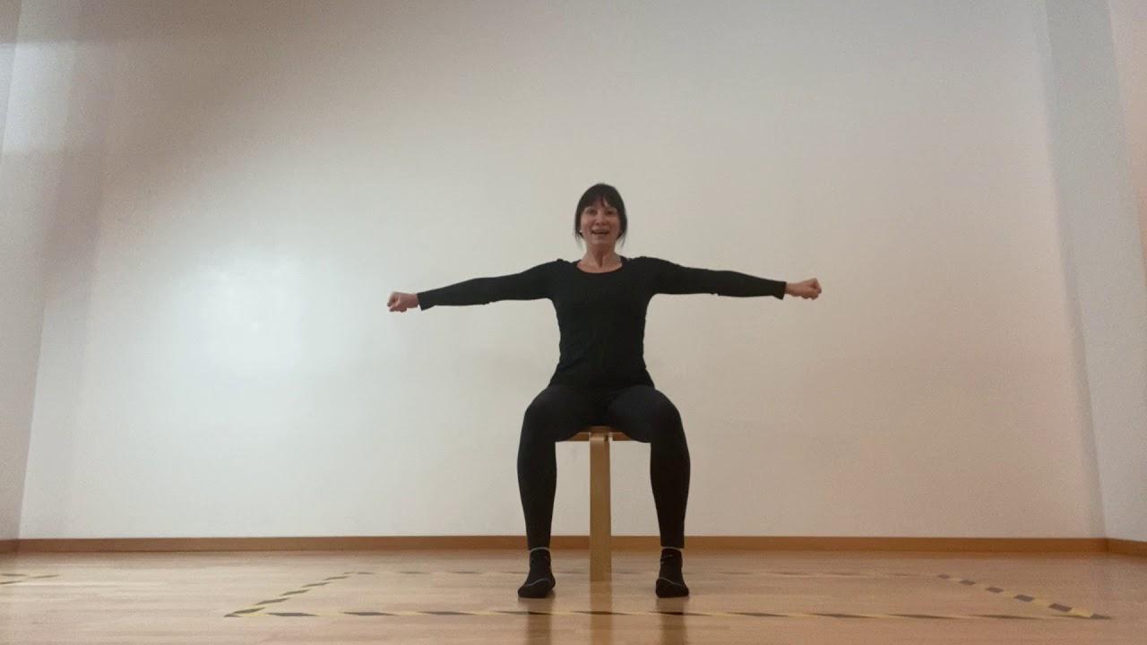 Hockergymnastik mit Alexandra