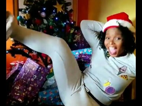 Yemialade Twerking Out Of Joy After Receiving Numerous Christmas Gifts From Fans (Hilarious Video)