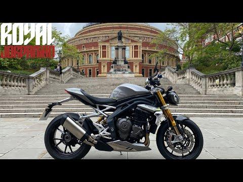 Triumph Speed Triple 1200 RS Walkaround & Start