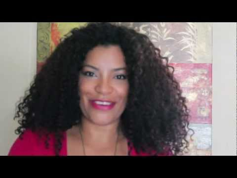Como cuidar tu cabello rizado en el Gimnasio. vblog