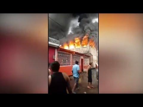 العرب اليوم - شاهد: مقتل ثمانية أشخاص إثر حريق في منزل خلال احتجاجات دامية في نيكاراغوا