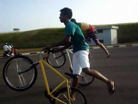 'Dominiu's Du GraU'  Manobras de Bike