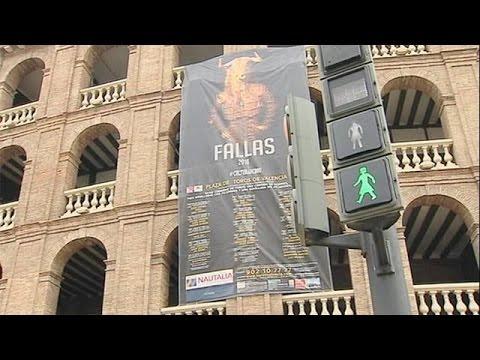 Ισπανία: Γυναικείες φιγούρες στα φανάρια της Βαλένθια