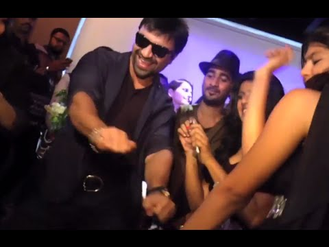 You Shouldn't Miss Ajaz Khan's Funny Dance With
