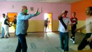 Zdzichu i prawy sierpowy – wiejska zadyma na potańcówce w remizie