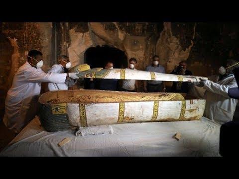 Ägypten: 3.500 Jahre alter Sarkophag in Luxor geöffne ...