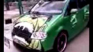 Nonton The Incredible Hulk Van from Tokyo Drift Film Subtitle Indonesia Streaming Movie Download