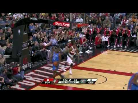 Rudy Fernandez assists to LaMarcus Aldridge