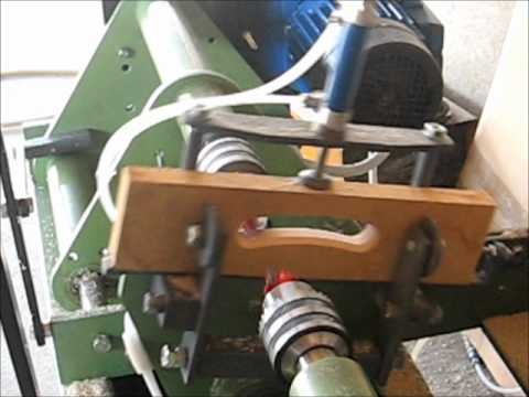 Masina za obradu  naslona za stolice - Machine for processing chair