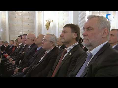 Президент Владимир Путин выступил с традиционным ежегодным посланием к Федеральному Собранию