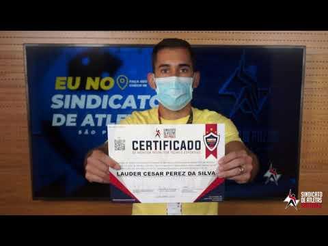 Revelado na base do Corinthians, atacante de 24 anos garante certificado de monitor esportivo