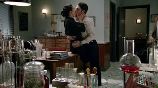 Download Video Amar C538 - Laura y Jorge se besan apasionadamente MP3 3GP MP4