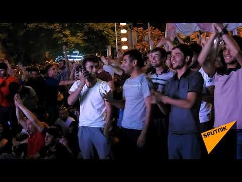 Эмоции через край: как в Душанбе болели за Россию в матче с Хорватией
