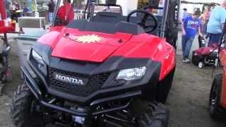 10. 2013 Honda Pioneer 700 VS Arctic Cat Prowler