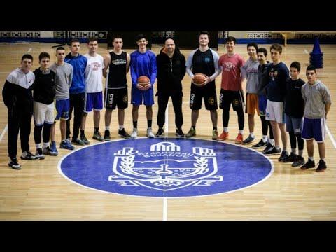 Η ομάδα μπάσκετ που ενώνει τρεις διαφορετικές εθνικότητες…