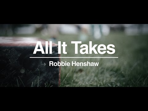 Get to know Ireland's Robbie Henshaw