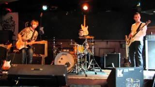Live New Generation Blues in Bluescafe Apeldoorn 01 April 2012. Harm van Essen (gitaar) Ferry Timmer(bas) Maarten Hamer...