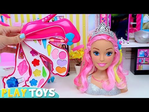 Play Barbie Doll Styling Head Make up and HAir Salon Toys!