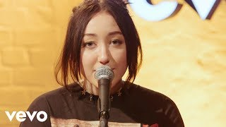 Noah Cyrus - Almost Famous, an exclusive live performance for Vevo.Subscribe toNoah Cyrus:  http://www.youtube.com/channel/UCE93lBWxVD9W-bl7m2iFxlA?sub_confirmation=1Noah Cyrus on Facebook: https://www.facebook.com/NoahCyrus Noah Cyrus on Twitter: https://twitter.com/NoahCyrus Noah Cyrus on Instagram: https://www.instagram.com/NoahCyrus Get the Vevo App! http://smarturl.it/vevoappsSubscribe to Vevo DE: https://www.youtube.com/channel/UCAOOGnUiwzWs-p_TQbzdUEw?sub_confirmation=1Find us on Facebook: http://www.facebook.com/VevoFollow us on Twitter: https://twitter.com/vevo_deFollow us on Instagram: https://www.instagram.com/vevo_deWatch more brand new pop videos on Vevo: http://vevo.ly/Ei9D1h