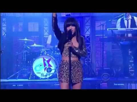 Carly Rae Jepsen - This Kiss 10 25 2012 live on David Letterman