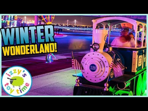 Izzy's Toy Time Visits WINTER WONDERLAND! Fun Family Christmas Trip in Austin!
