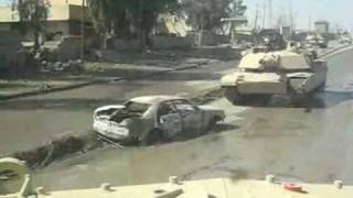 Czołg M1 Abrams kontra samochód pułapka!