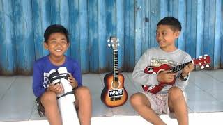 Video Lagu bali united bangga mengawalmu part 2 versi(ukulele dan gendang) MP3, 3GP, MP4, WEBM, AVI, FLV Juli 2018