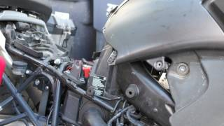 7. Installing a K&N Air Filter on the 2009 BMW R1200 GS Adventure