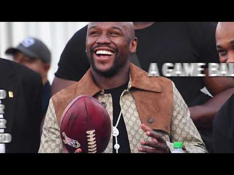 Video: Floyd Mayweather scores two touchdown balls at Rams-Seahawks game