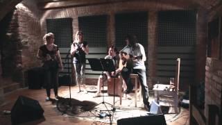 Video PETR KADLČEK 3x akusticky v klubu ORION - 15. 5. 2015