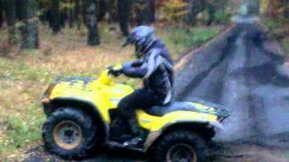 4. Suzuki Twinpeaks 700 full throttle diggin'