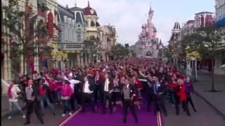 Download Lagu FlashMob in Disneyland Park - April 12, 2012 Mp3