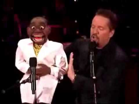 ventriloquist - Amazing ventriloquist. The man who won America's got talent!