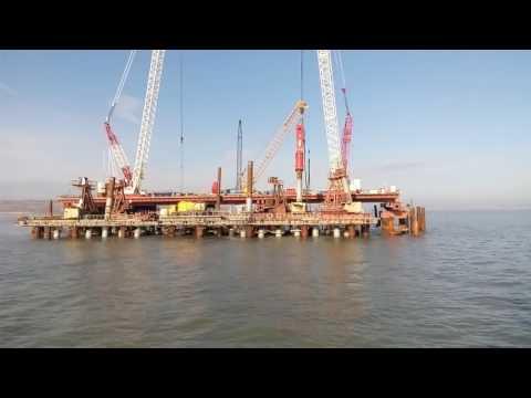 Музыка стройки (погружение свай крымского моста)