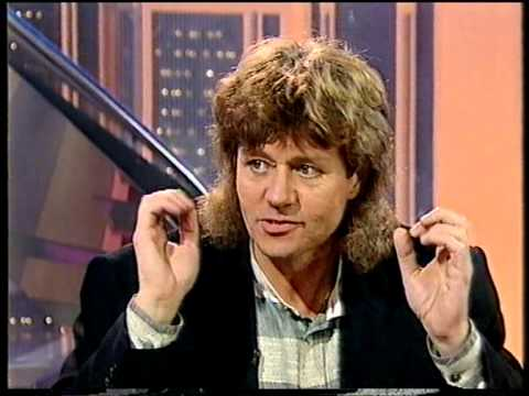 Bev - Bev Bevan and Louis Clark interview on UK TV show Pebble Mill.