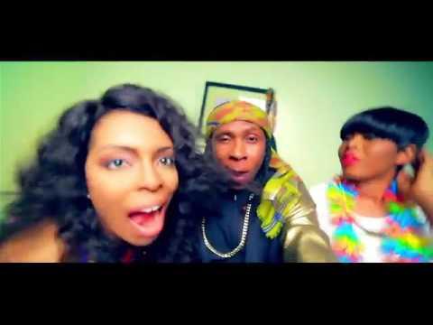 Naijaloaded com ng Yemi Alade Ft  Mugeez R2Bees – Pose Video