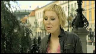 Download Lagu Karolina Kozak - Miłość na wybiegu - oficjalny teledysk Mp3