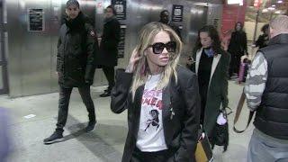 Video Rita Ora arriving at Gare du Nord station in Paris MP3, 3GP, MP4, WEBM, AVI, FLV September 2017