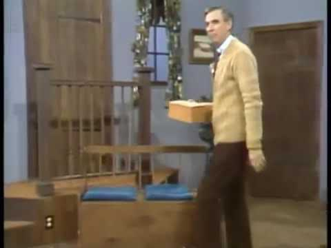 Cast & Crew Trick Poor Mr. Rogers By Replacing His Shoes