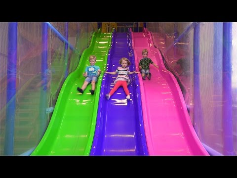 Fun Indoor Playground for Kids and Family at Bill & Bull's Lekland (видео)