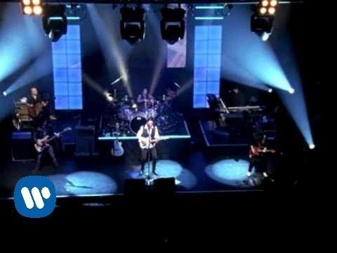Maná - Manda Una Senal (Music Video):  © 2007 WMGManda Una Senal (Music Video)