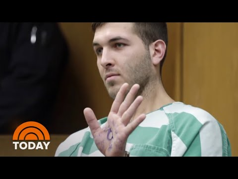 Frank Cali Murder Suspect In Court With President Trump Slogans Written On Hand | TODAY